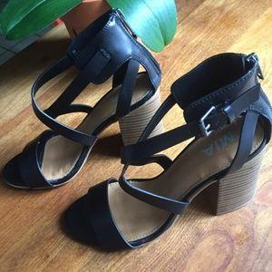 MIA Strappy Black Block Heel Sandal Size 9
